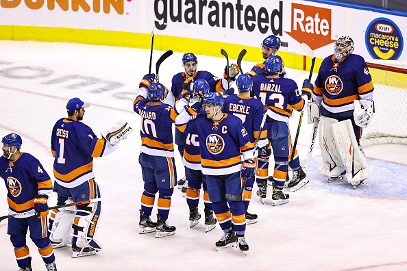 New York Islanders Defence Prevailing vs Philadelphia Flyers - Last Word on  Hockey