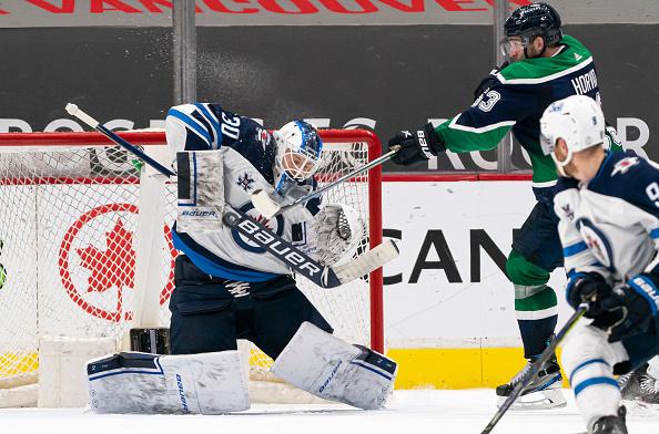 Winnipeg Jets vs Vancouver Canucks