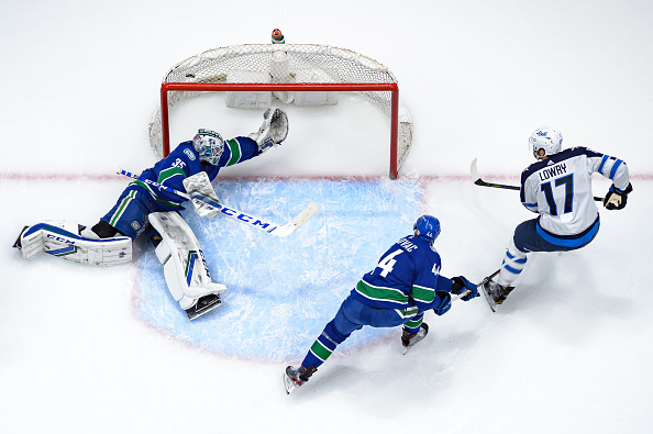 Winnipeg Jets vs Vancouver Canucks