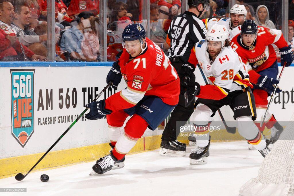 Lucas Wallmark Signs in KHL