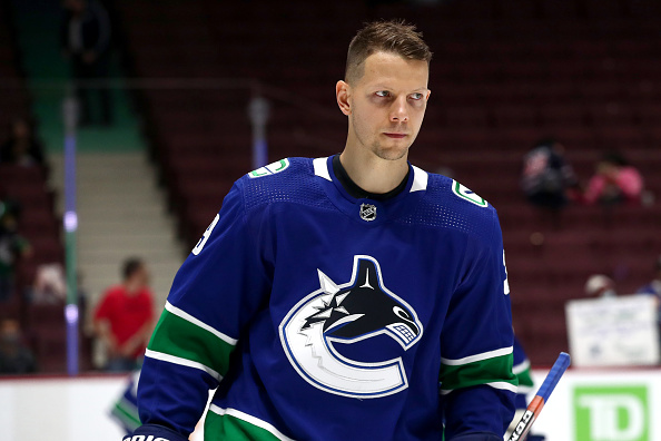 Alex Chiasson Signs With the Vancouver Canucks