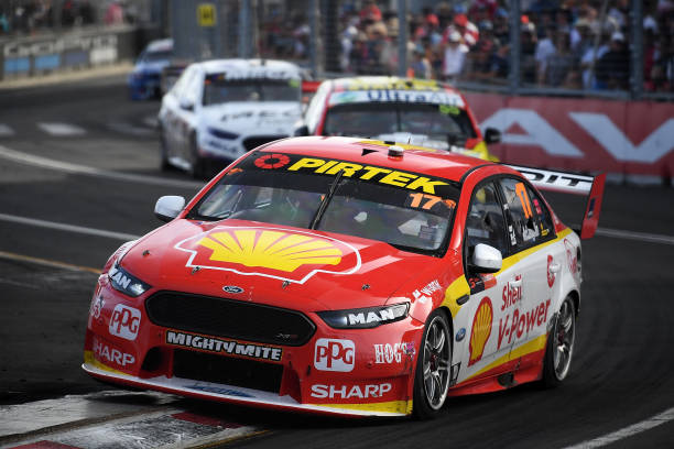 V8 Supercars Speed Back Into Action With Crownbet Darwin Triple