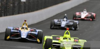 Pagenaud out-duels Rossi