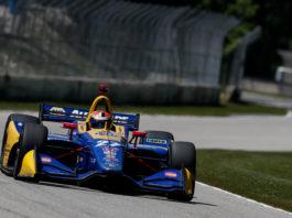 Alexander Rossi dominates
