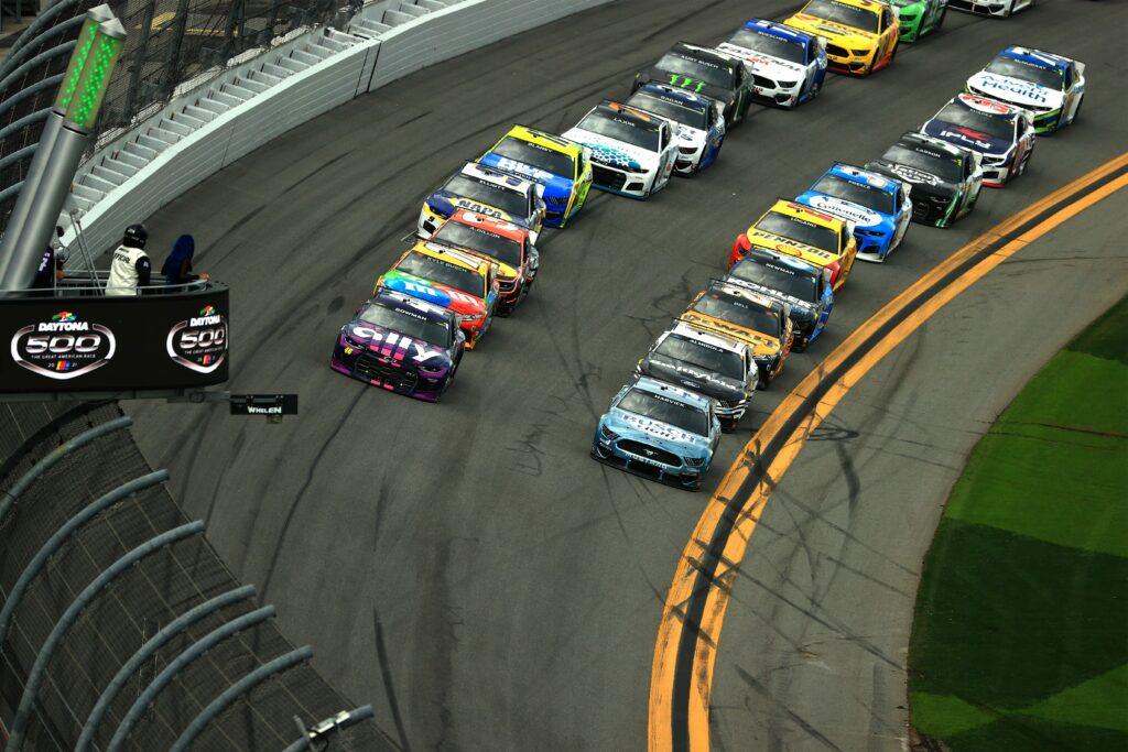 La Zona Blanca: Pensamientos sobre el calendario de NASCAR