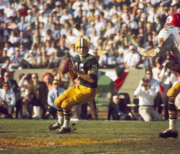 sneakers for cheap a5169 40b0d Green Bay Packers Legend Bart Starr Dies at 85 - Last Word ...