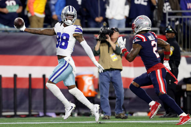 Dallas Defeats New England