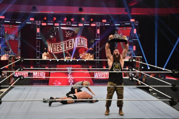 Braun Strowman Smackdown Main Event Scene