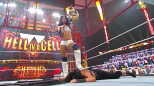 Sasha Banks Hell in a Cell