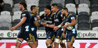 Highlanders Super Rugby record at home stays intact