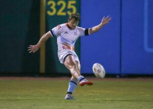 Austin Elite fullback Zinzan Elan-Puttick puts the ball into play against the Houston SaberCats