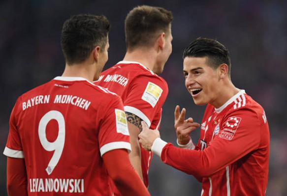 best cheap 24809 1fe56 James Rodríguez seems delighted since joining Bayern Munich