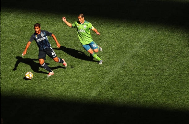 Cristian Roldan Leads Seattle Sounders Past LA Galaxy - Last