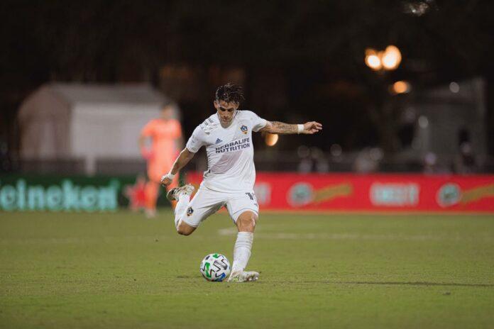 Cristian Pavon penalty