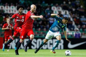 Toronto FC ties Club Leon