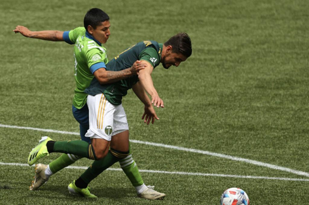 Raul Ruidiaz Seattle Sounders MLS Timbers