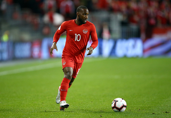 CanMNT player Junior Hoilett dribbles the ball in a Concacaf Nations League game against the USMNT