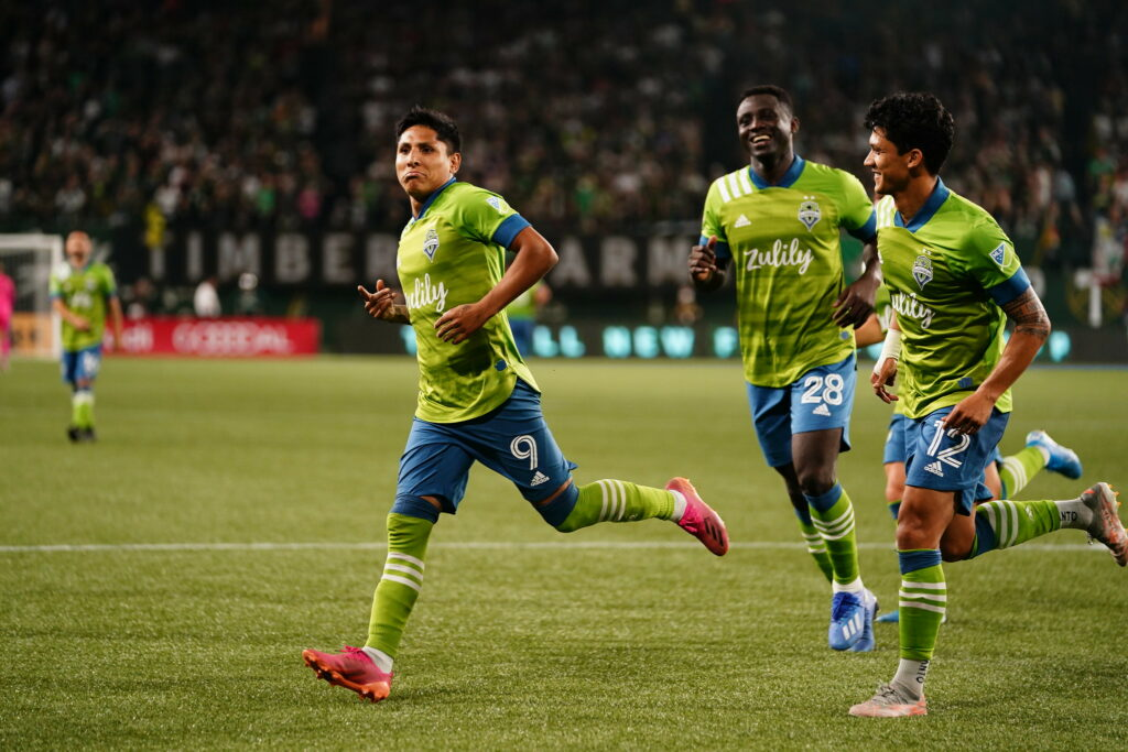 Cascadia Sounders tops Timbers