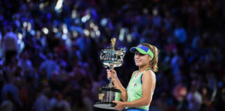 Sofia Kenin with 2020 Australian Open Trophy