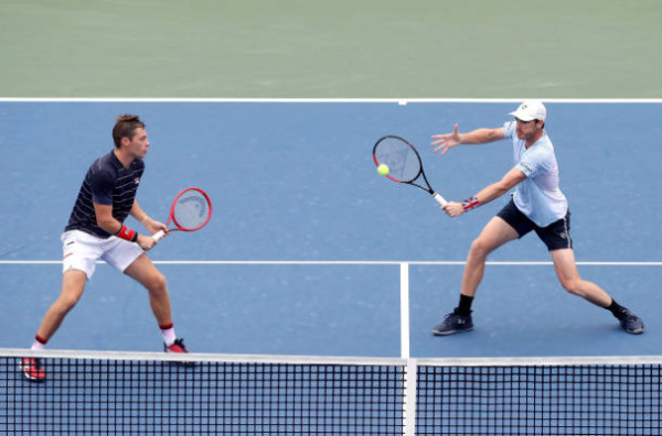 Jamie Murray and Neal Skupski in action in the US Open Doubles
