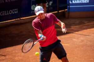 Aslan Karatsev in action on the ATP Challenger Tour