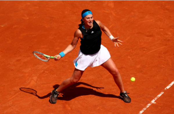 Jelena Ostapenko in action at the French Open