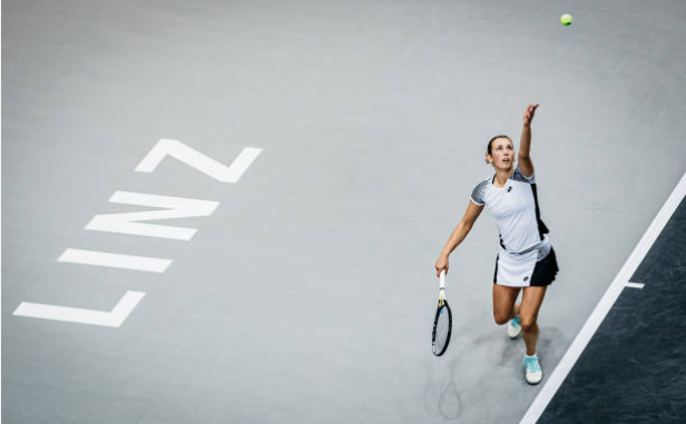 Elise Mertens in action at the WTA Linz Open