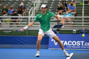 Hubert Hurkacz in action at the Delray Beach Open