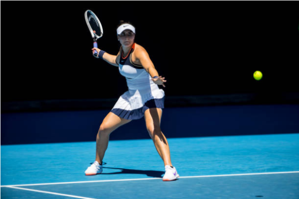 Bianca Andreescu in action at the WTA Phillip Island Trophy