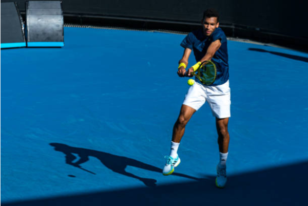 Felix Auger-Aliassime in action at the ATP Murray River Open