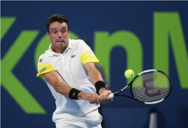 Roberto Bautista Agut in action at the ATP Qatar Open.