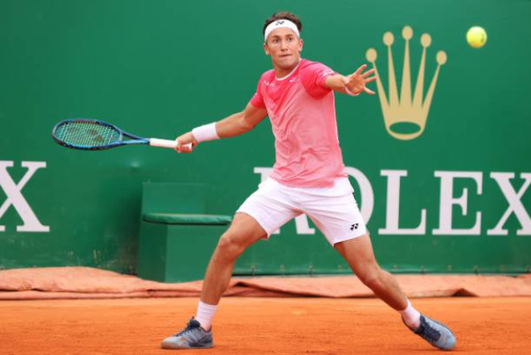 Rising star Casper Ruud in action at the Monte Carlo Masters.