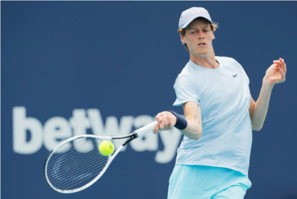 Jannik Sinner in action at the ATP Miami Open.