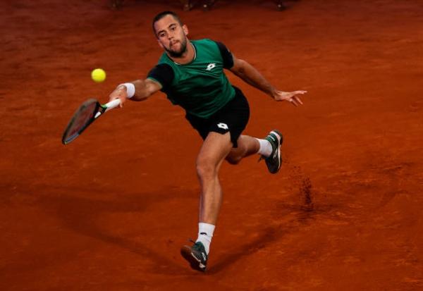 Laslo Djere in action ahead of the ATP Geneva Open.