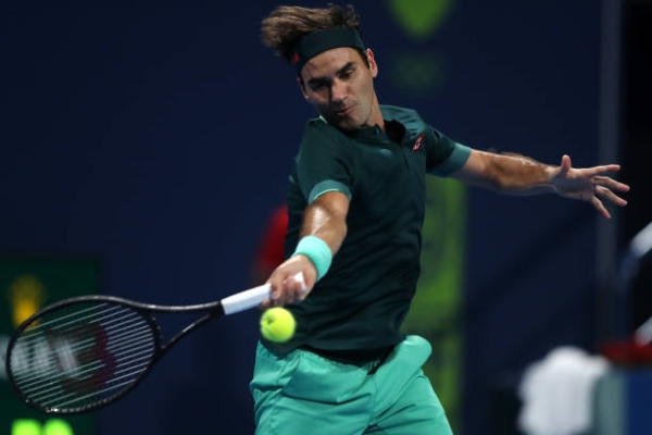 Roger Federer in action at the ATP Qatar Open.