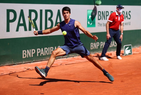 Carlos Alcaraz in action at the French Open.