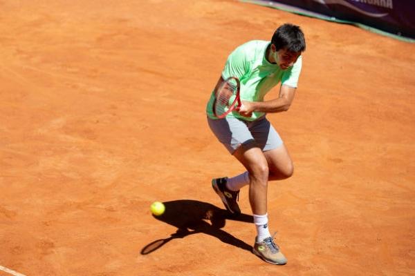 Marcelo Tomas Barrios Vera in ATP Challenger Tour action.