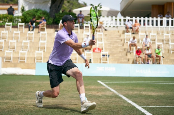 Sam Querrey in action at the ATP Mallorca Championships.