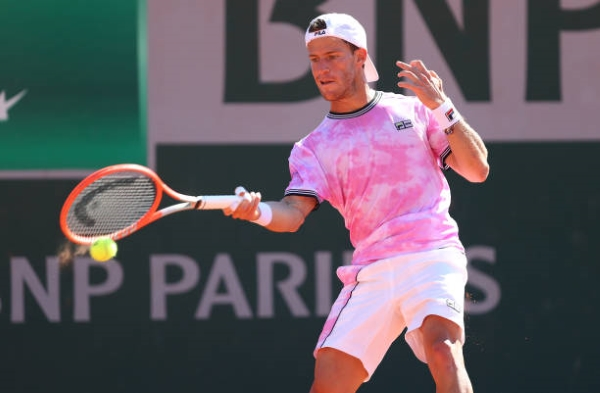 Diego Schwartzman in action at the French Open.