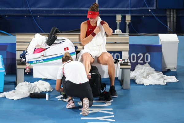 Belinda Bencic during her medical timeout in the gold medal match at the Tokyo Olympics