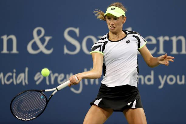Elise Mertens in action at the WTA Cincinnati Open.