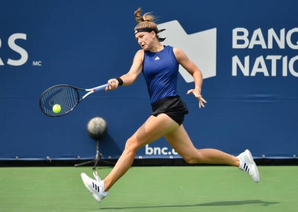 Karolina Muchova in action ahead of the WTA Cincinnati Open.