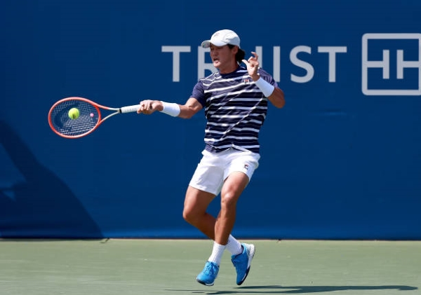 Kwon Soonwoo in action ahead of the ATP Astana Open.