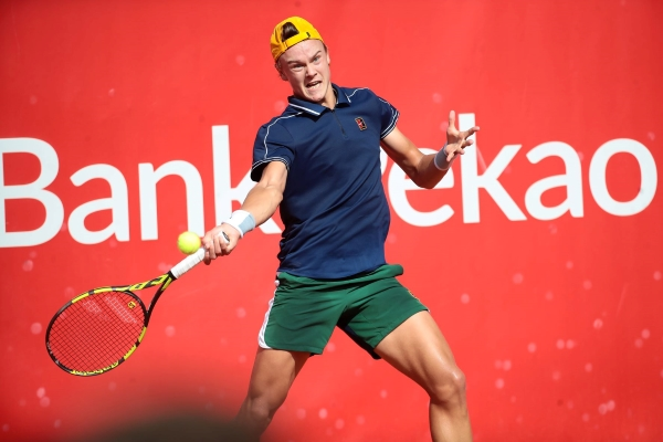Holger Rune in action at the Szczecin Challenger.