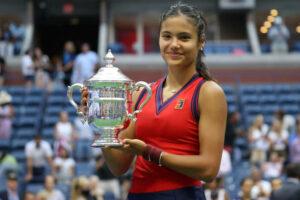 Emma Raducanu US Open Trophy