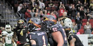 Barnstormers hold Green Bay